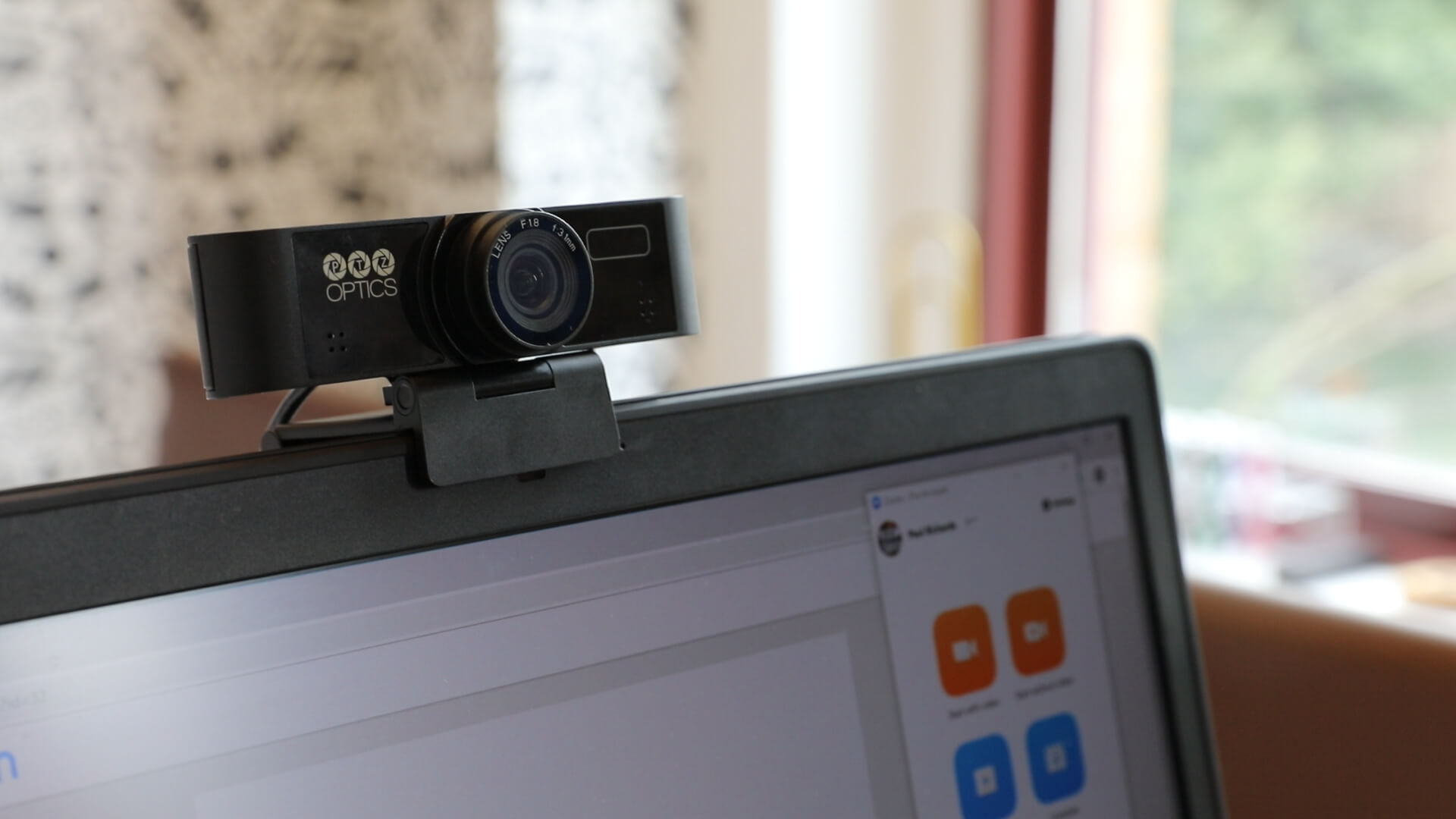 Best Webcam for Webinars